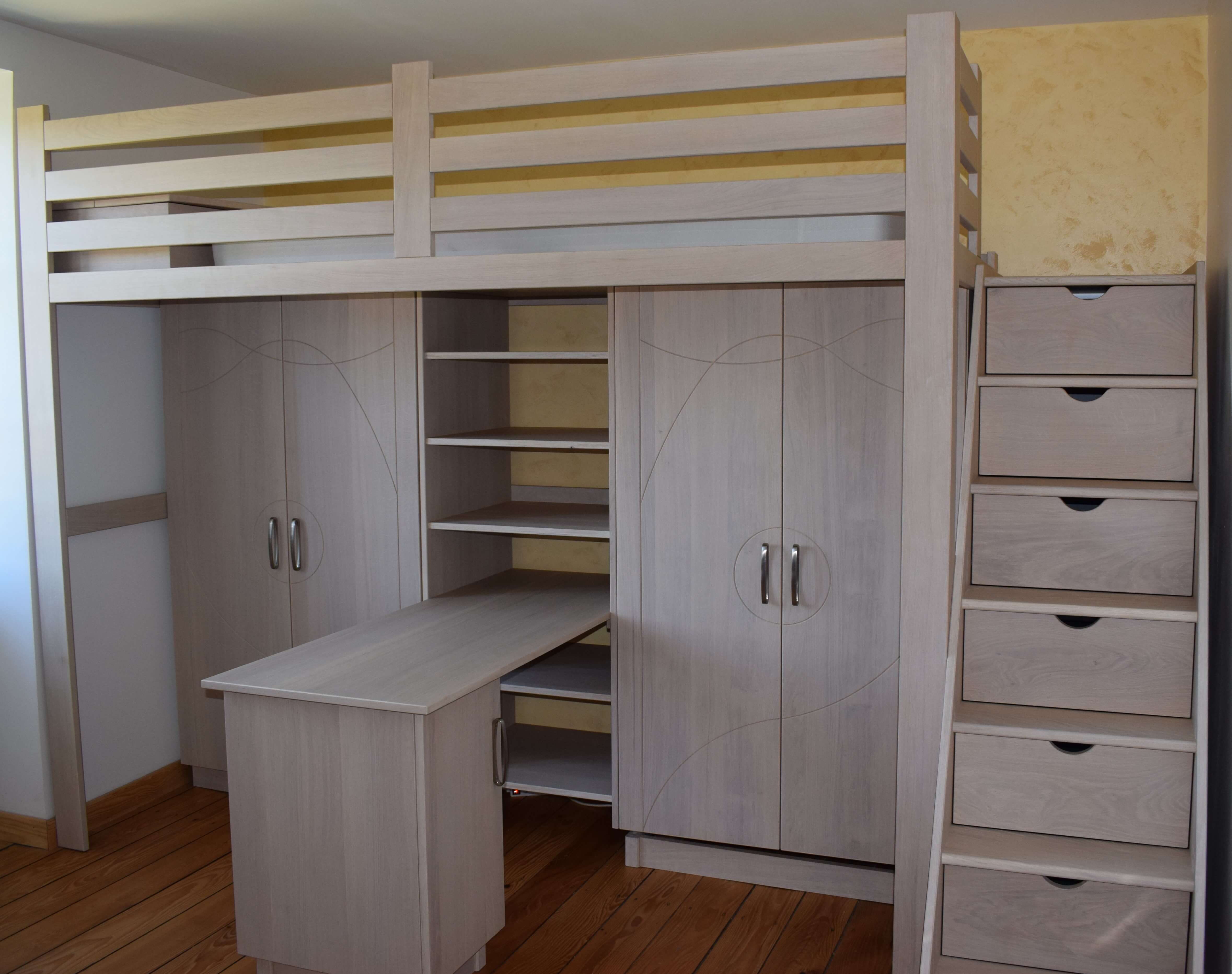 Menuiserie Figard - Fabrication sur mesure - Lit en mezzanine - Chêne - Vesoul