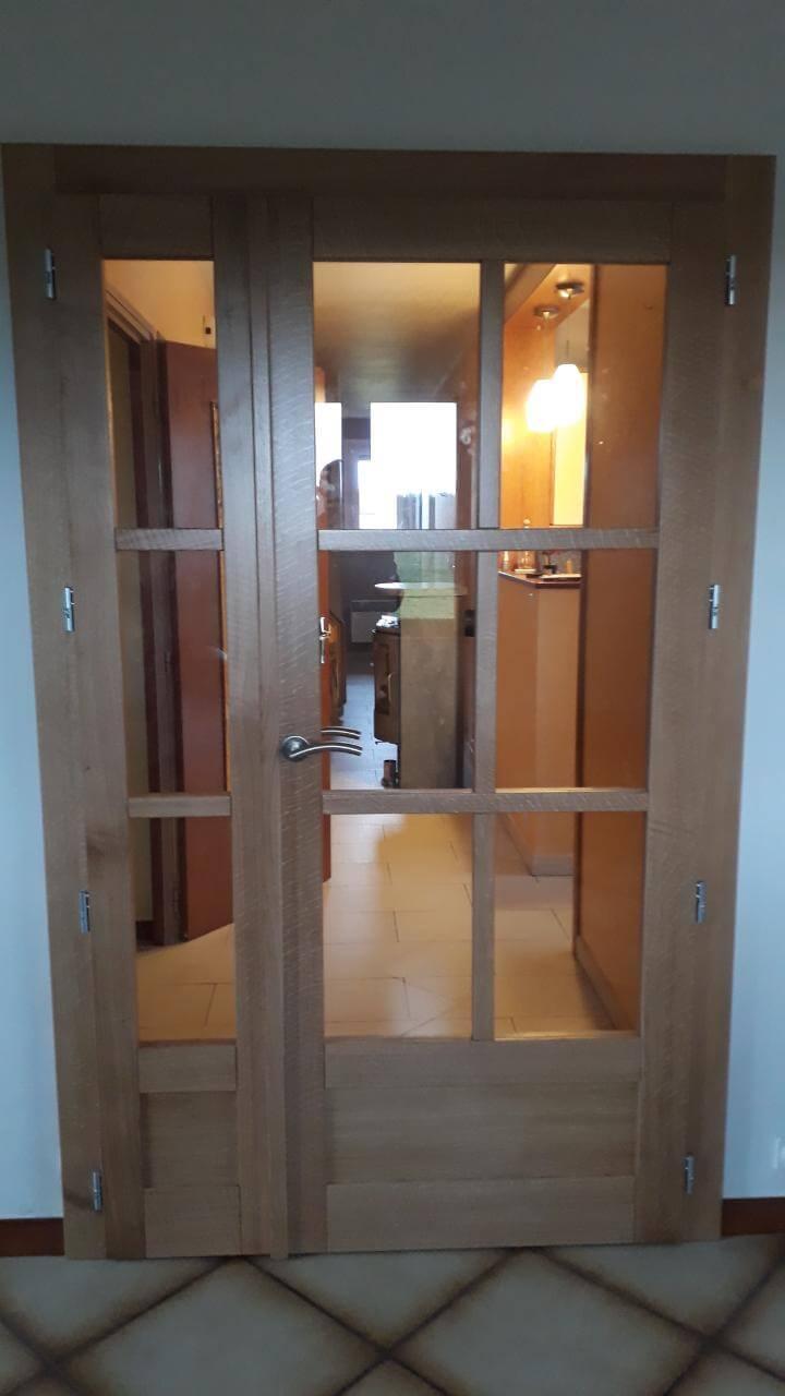 Menuiserie Figard - Fabrication sur mesure - Porte d'intérieur vitrée - Chêne - Vesoul